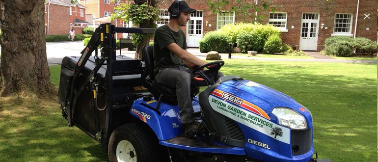 Grounds maintenance Exeter